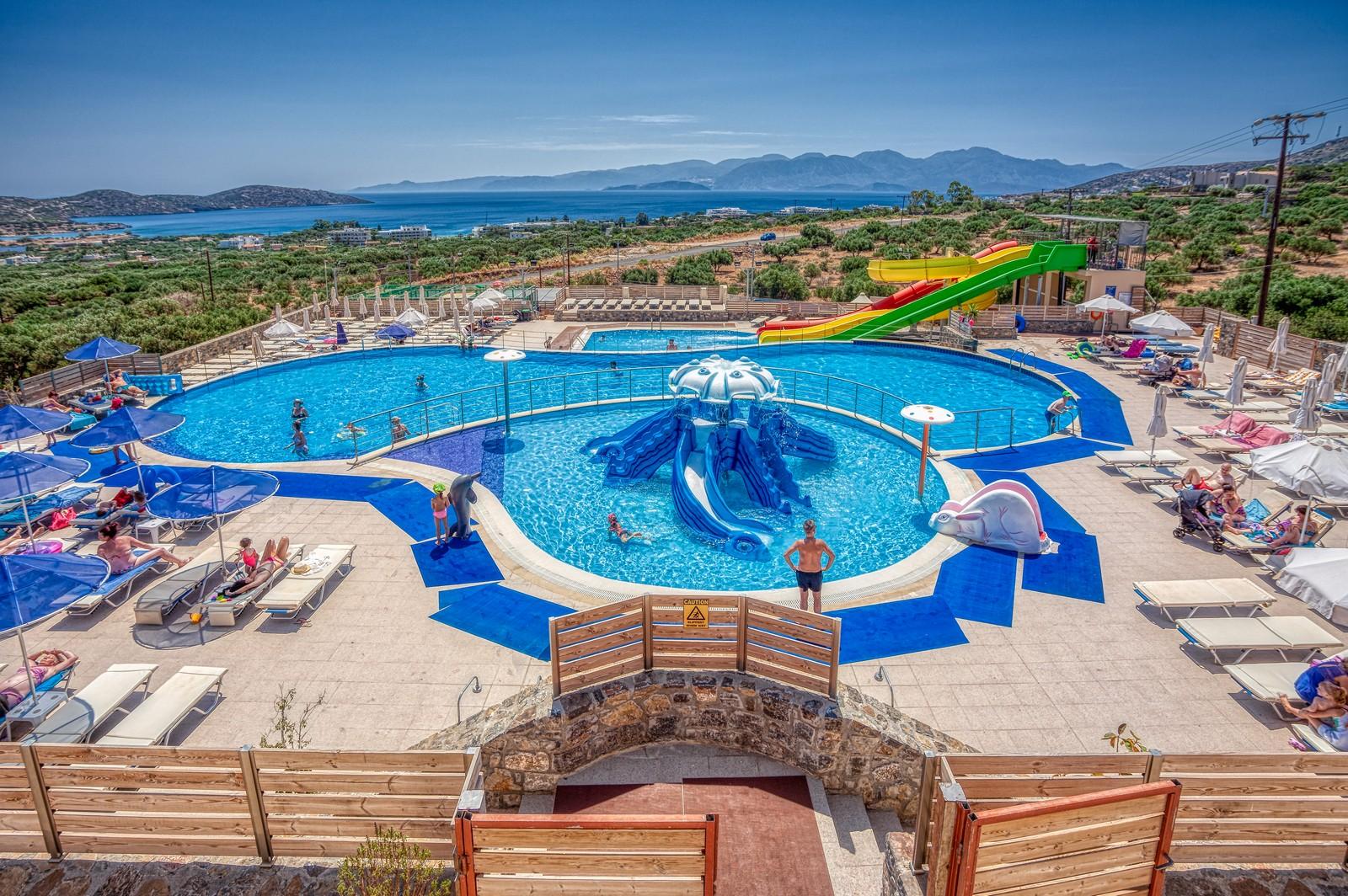EloundaResidence-Hotel-WaterPark-04