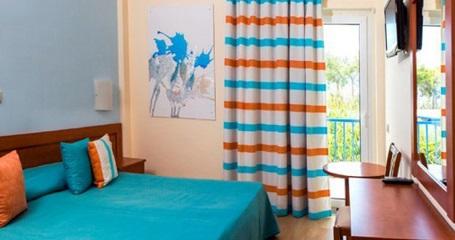 delfi-beach-room