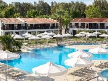golden-coast-hotel-bungalows2