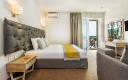 Kriopi Hotel