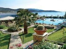 marmari-bay-pool