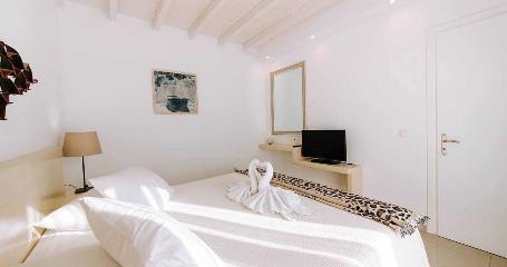 naxian-emerald-standard-room-3