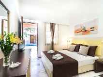 rigas-hotel-skopelos-room-4