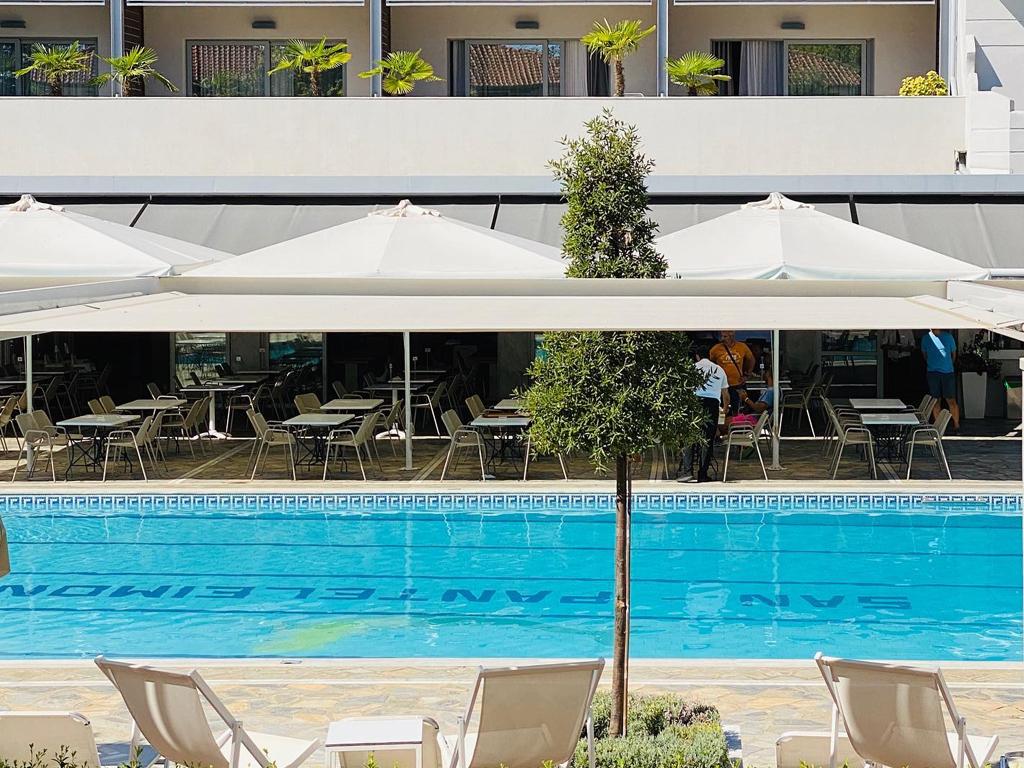 san-panteleimon-pool2