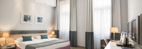 atrium-fashion-hotel