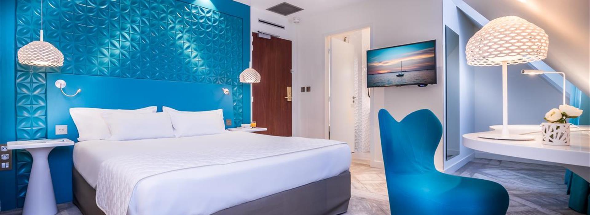 Holiday-Inn-Paris-Gare-de-l-Est