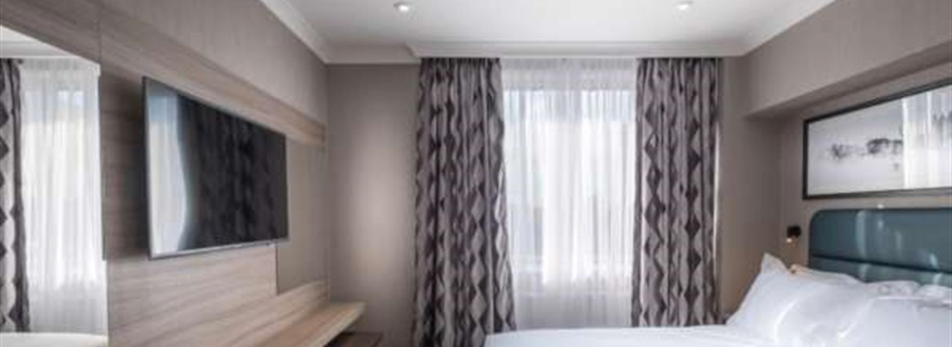 ROYAL-NATIONAL-HOTEL-UK