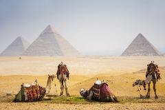egypt-cairo-pyramids_100350728