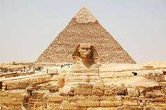 egypt-cairo-pyramids_266356247