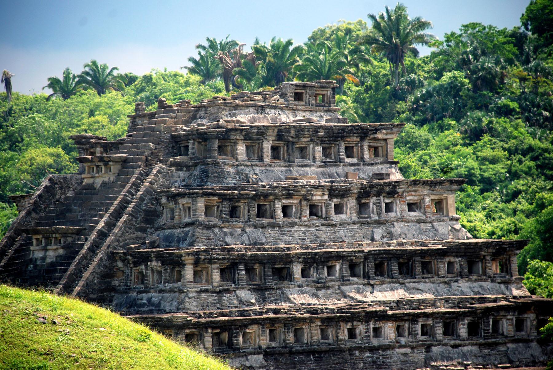Mexico-El-Tajin_781687357