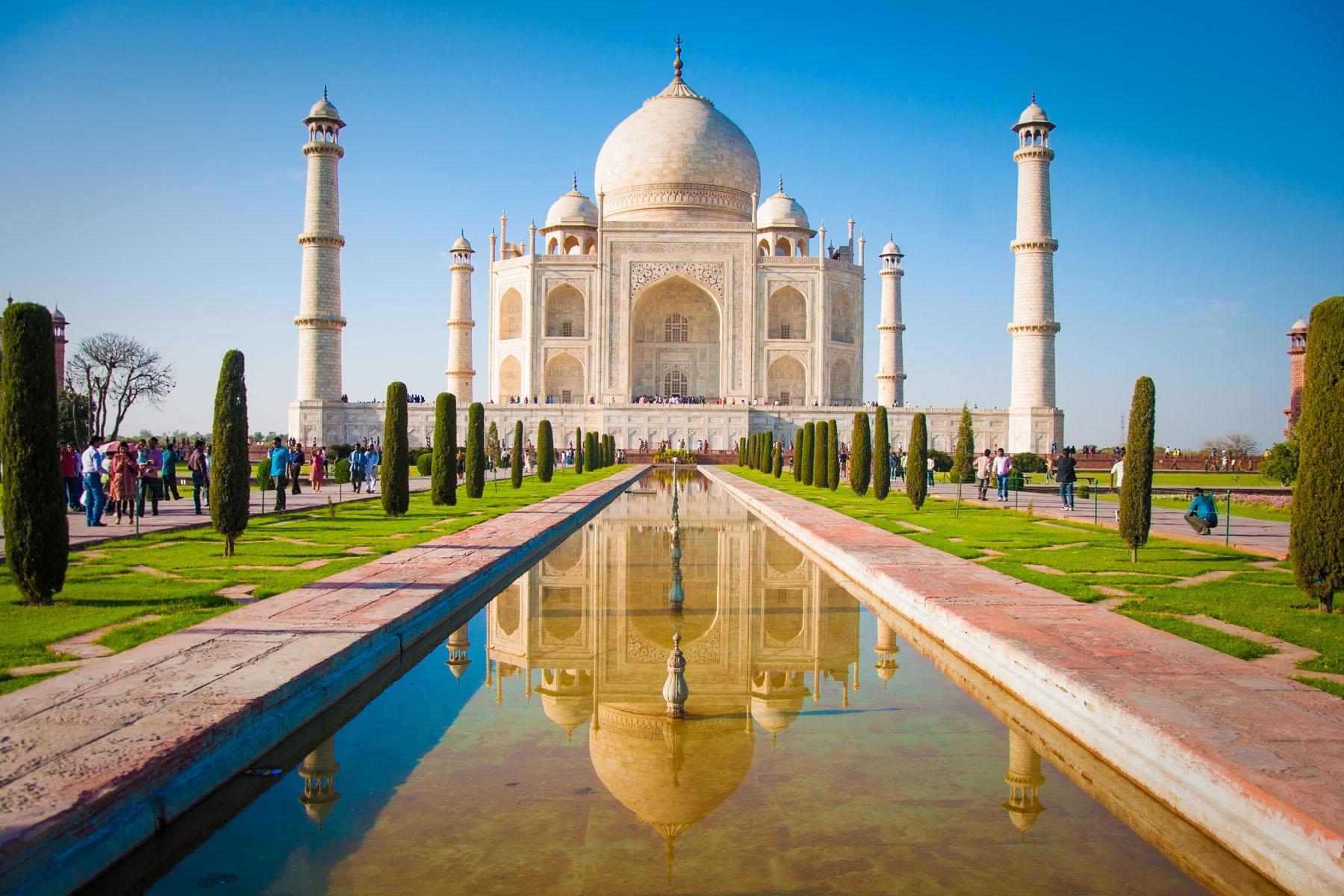 India-Taj-Mahal_120633745