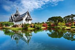 Thailand-Bangkok-Sanphet-Prasat-Palace_62735161