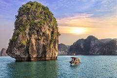 Vietnam-Halong Bay_257155450