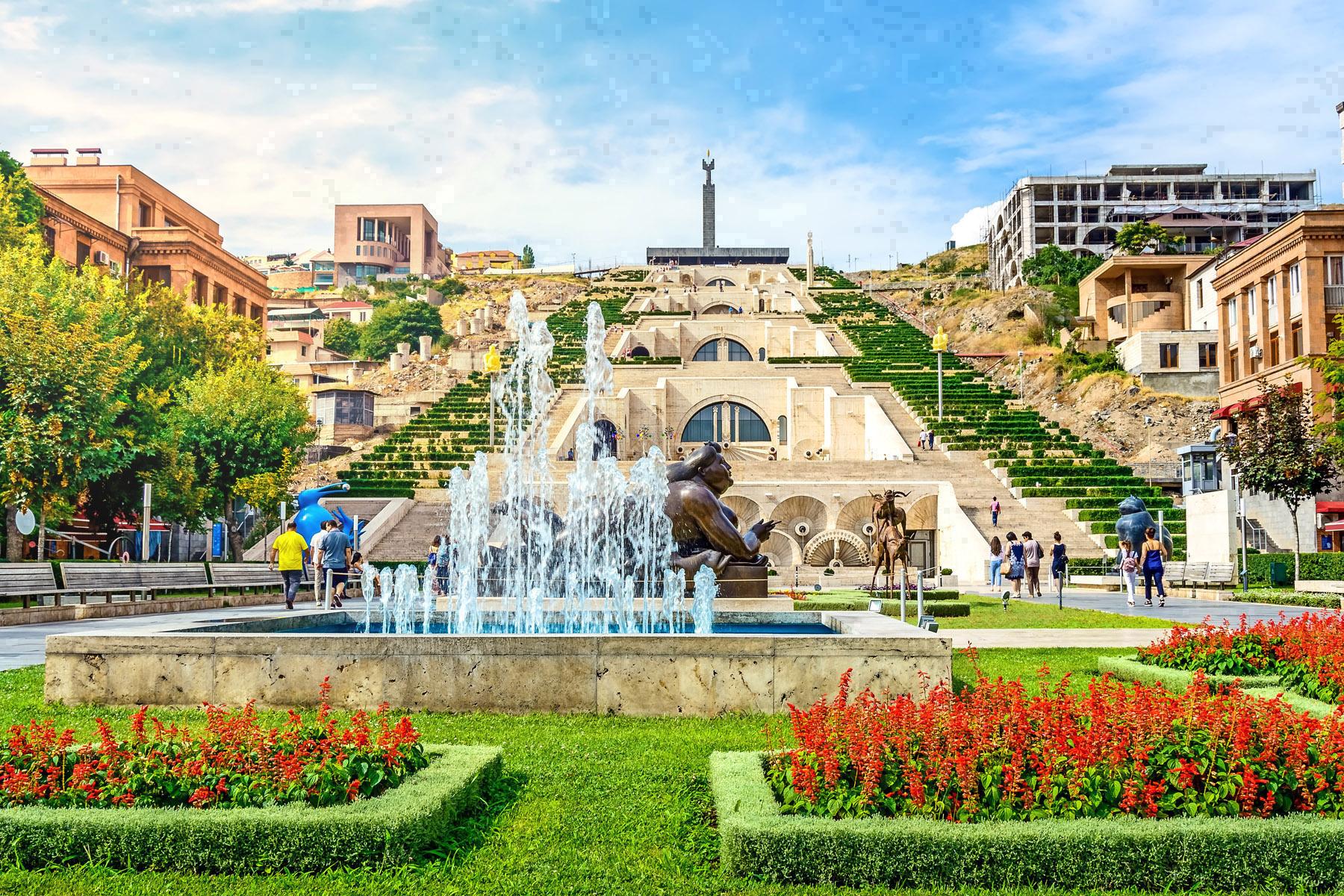 Armenia-Yerevan_1149194600