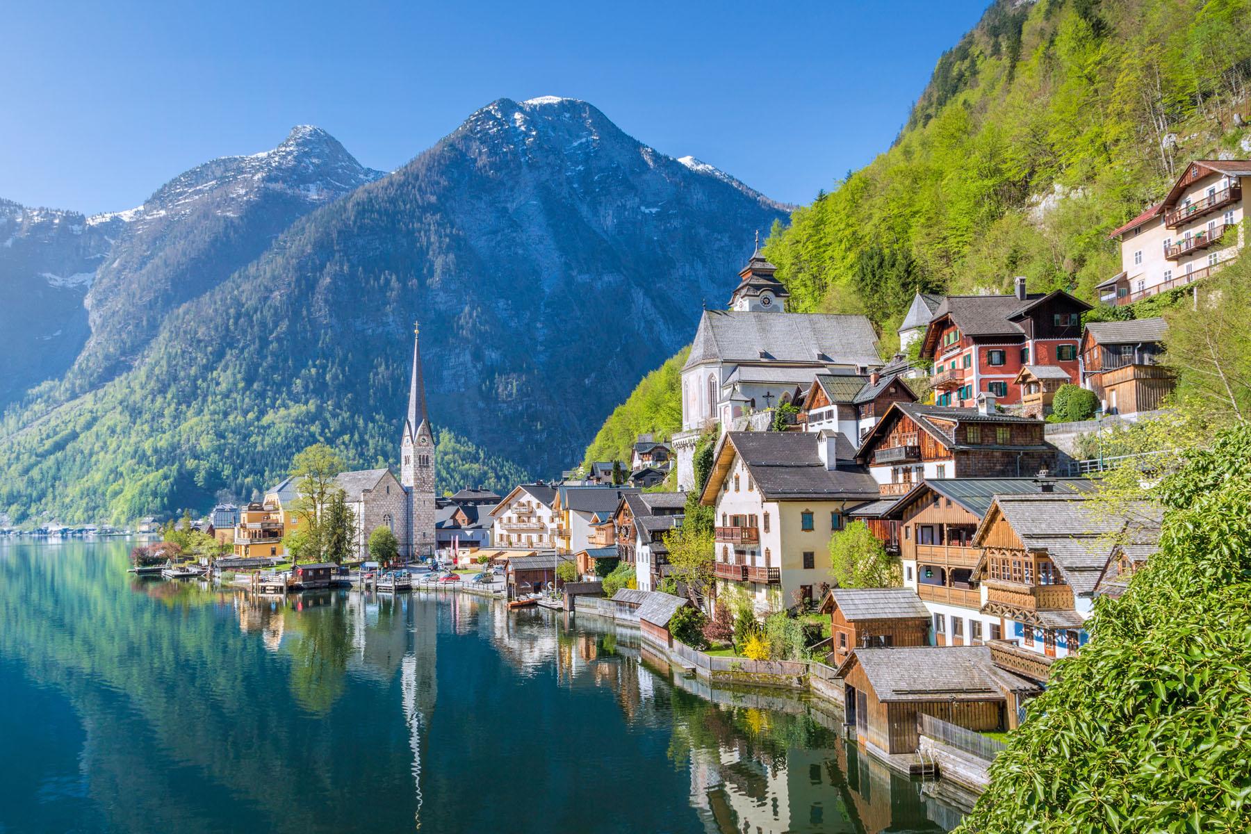 Austria-Hallstat_415477906