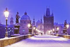 Czech-Prague-Charles bridge_231555145