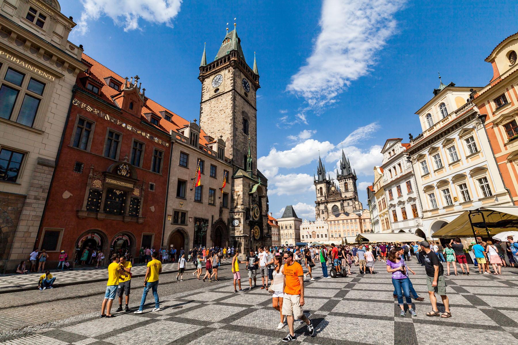 Czech-Prague_298680152