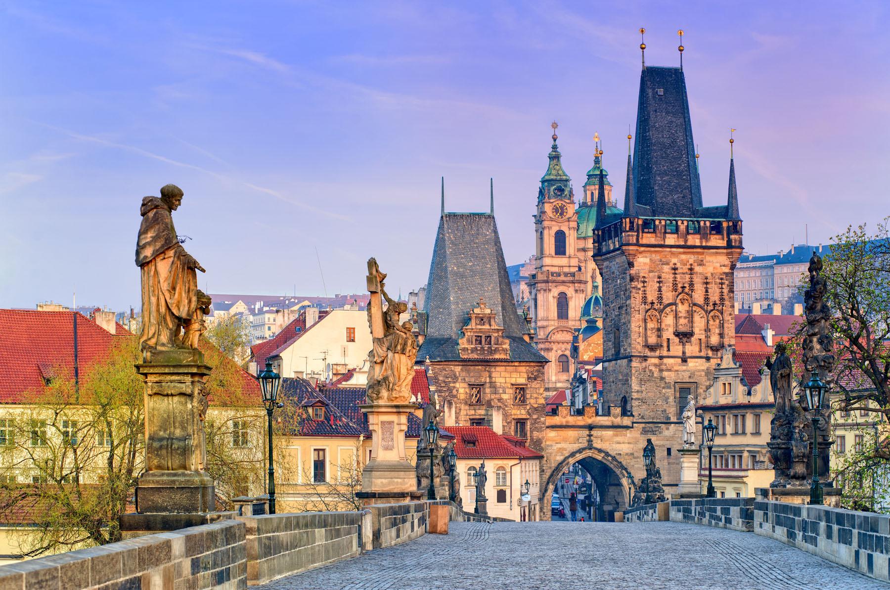 Czech-Prague_87319099