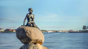Denmark-Copenhagen-Little Mermaid_381340162
