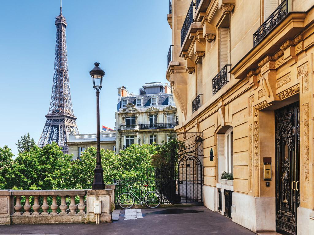 France-Paris-Eiffel_1110054404_1