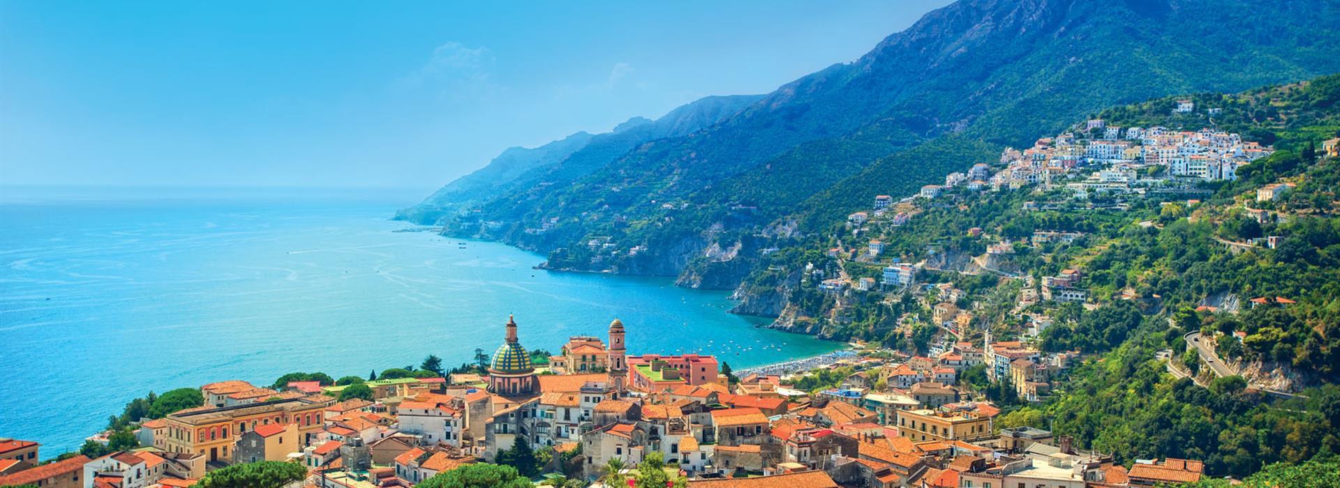 Italy-Salerno_86479273