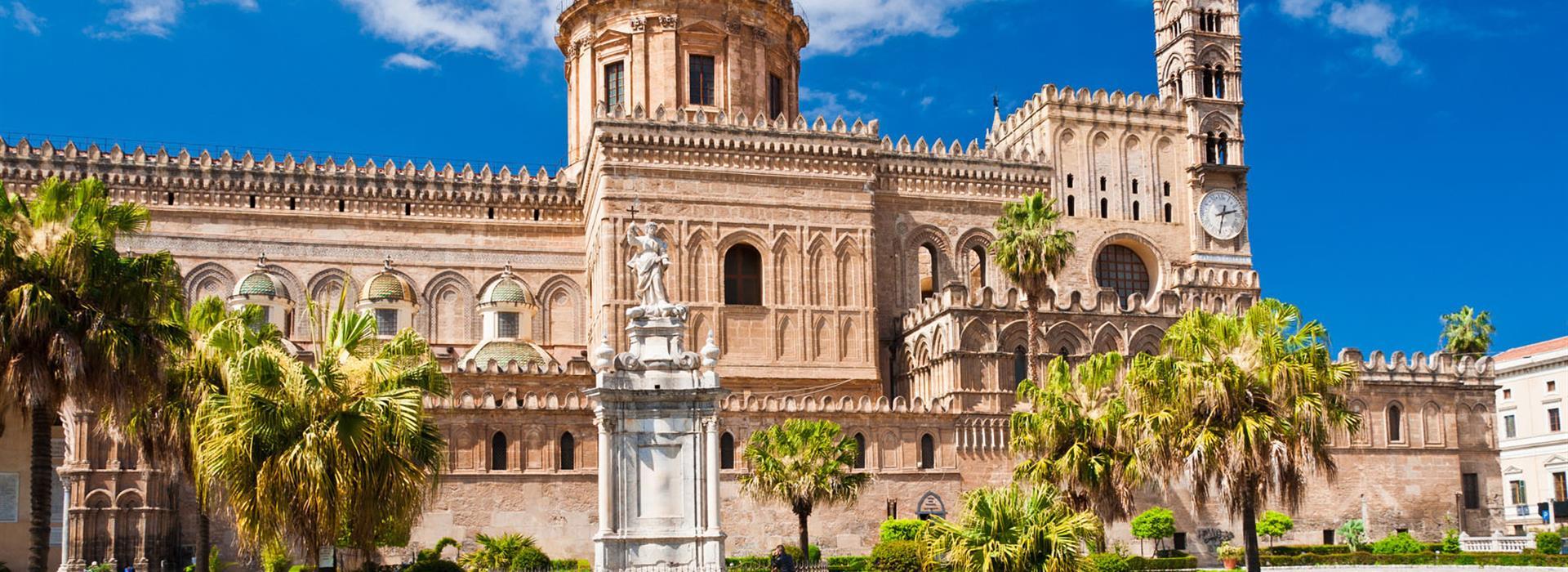 Italy-Sicily-Palermo_103380839