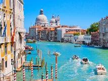 Italy-Venice_104780993