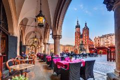 Poland-Krakow_1057899215