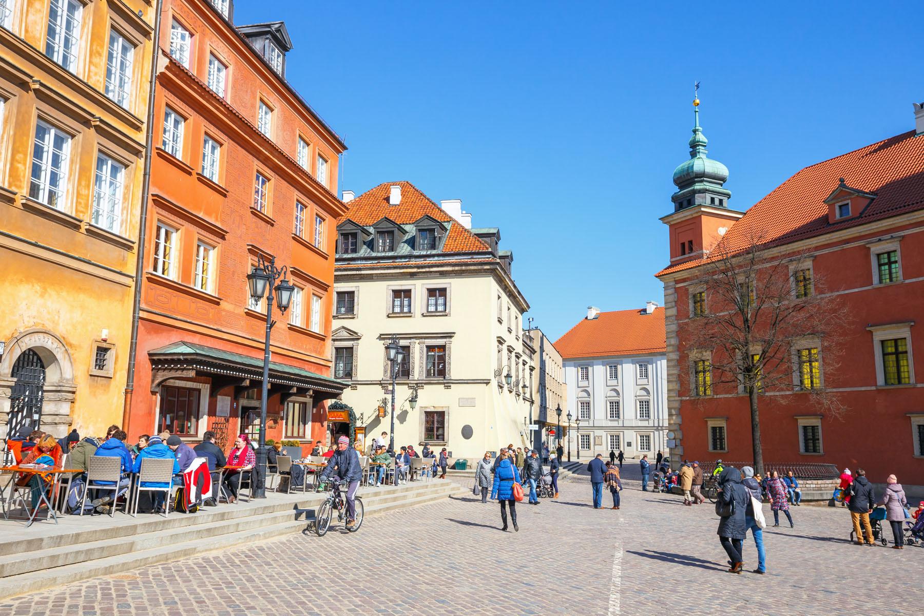 Poland-Warsaw_410426674