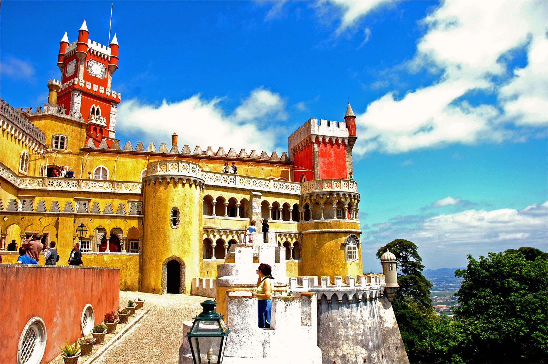 Portugal-Lisbon-Color Castle_929355