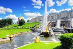Russia-St. Petersburg_109395857