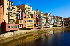 Spain-Girona_91691492