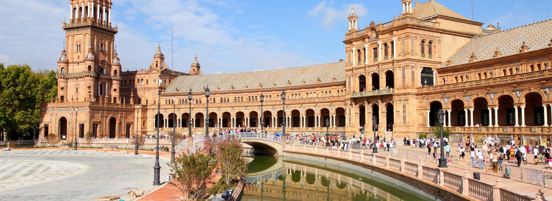 Spain-Sevilla_65671768