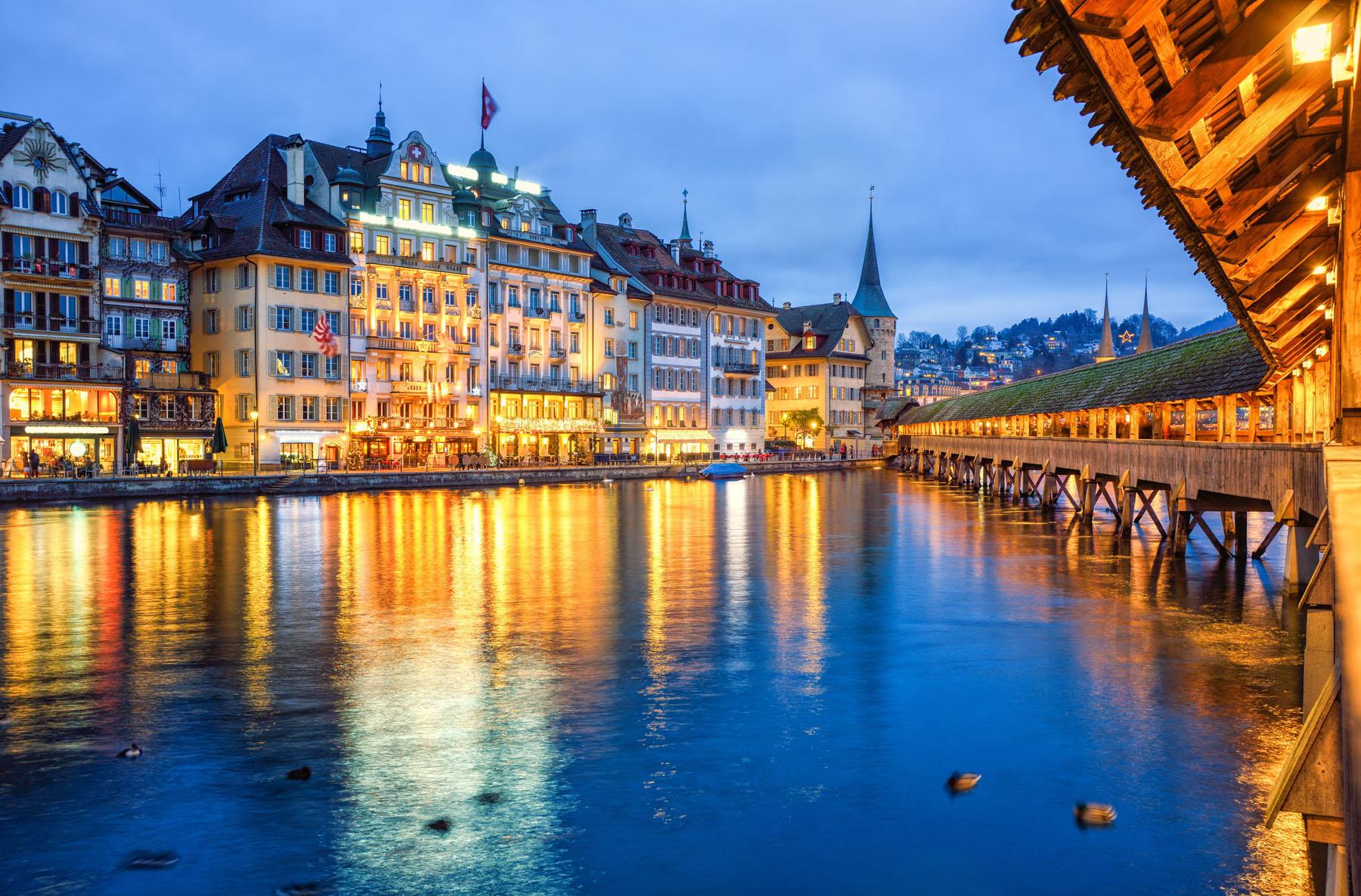 Switzerland-Lucerne_234809584