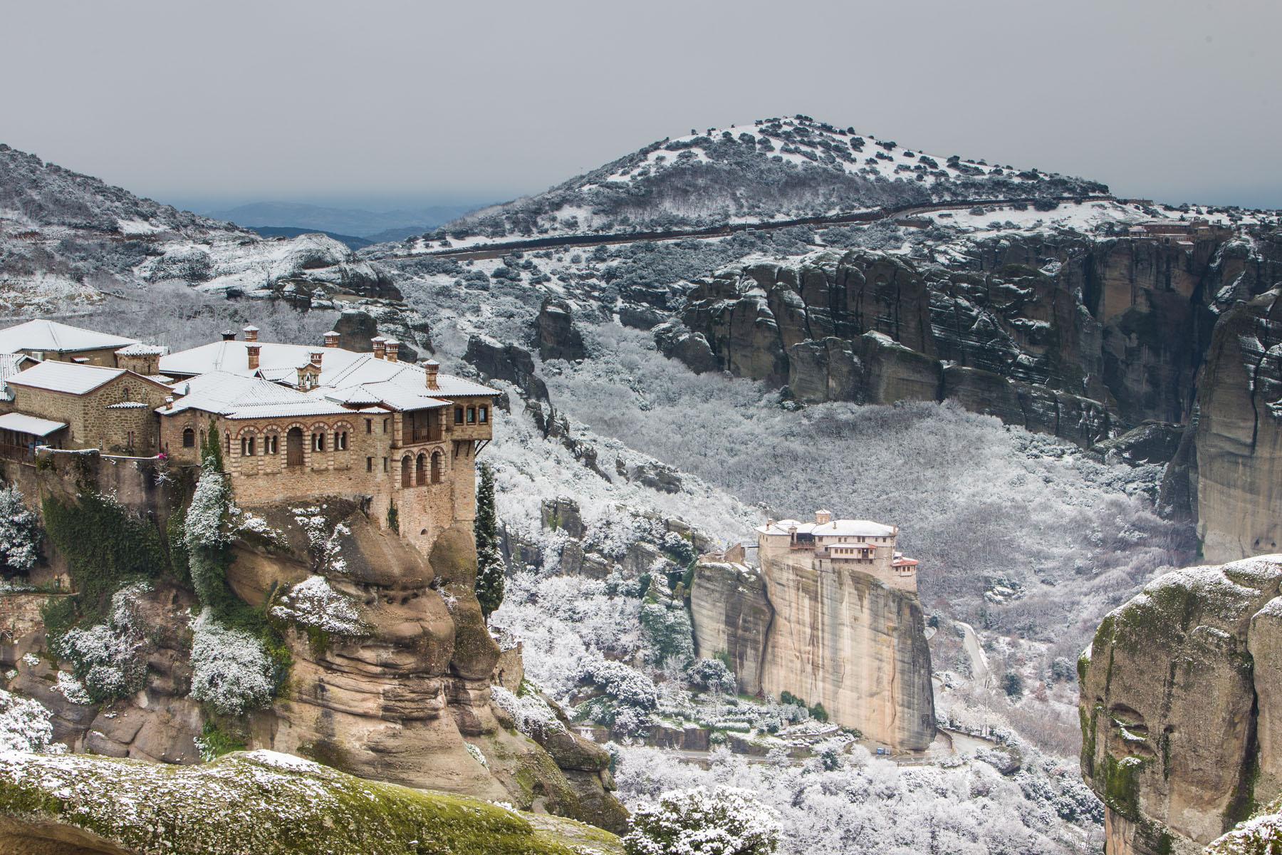 Greece-Meteora_384679720
